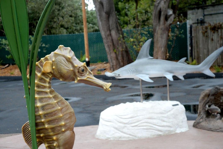 San_Francisco_Zoo_Seahorse_Sculpture_003